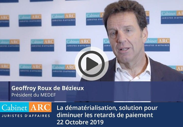 Geoffroy Roux de Bézieux comments on the value of paperless invoices in order to reduce payment times during the breakfast debate on October 22, 2019